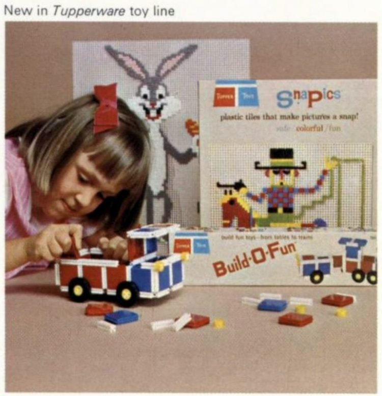 SnaPics and Build-O-Fun vintage Tupperware toys from 1965