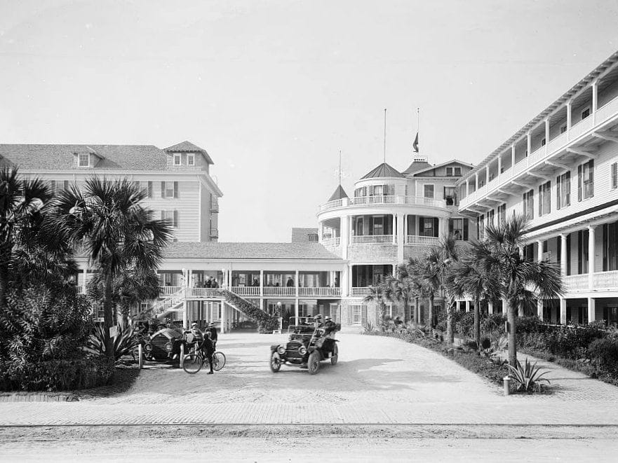 South entrance, Hotel Ormond, Ormond, Florida c 1915
