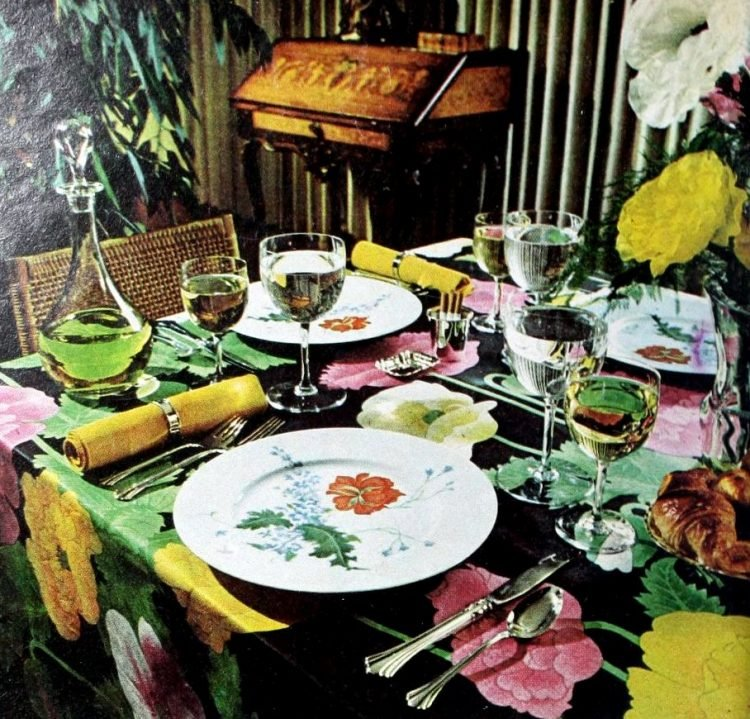 Spring floral dining table from 1975