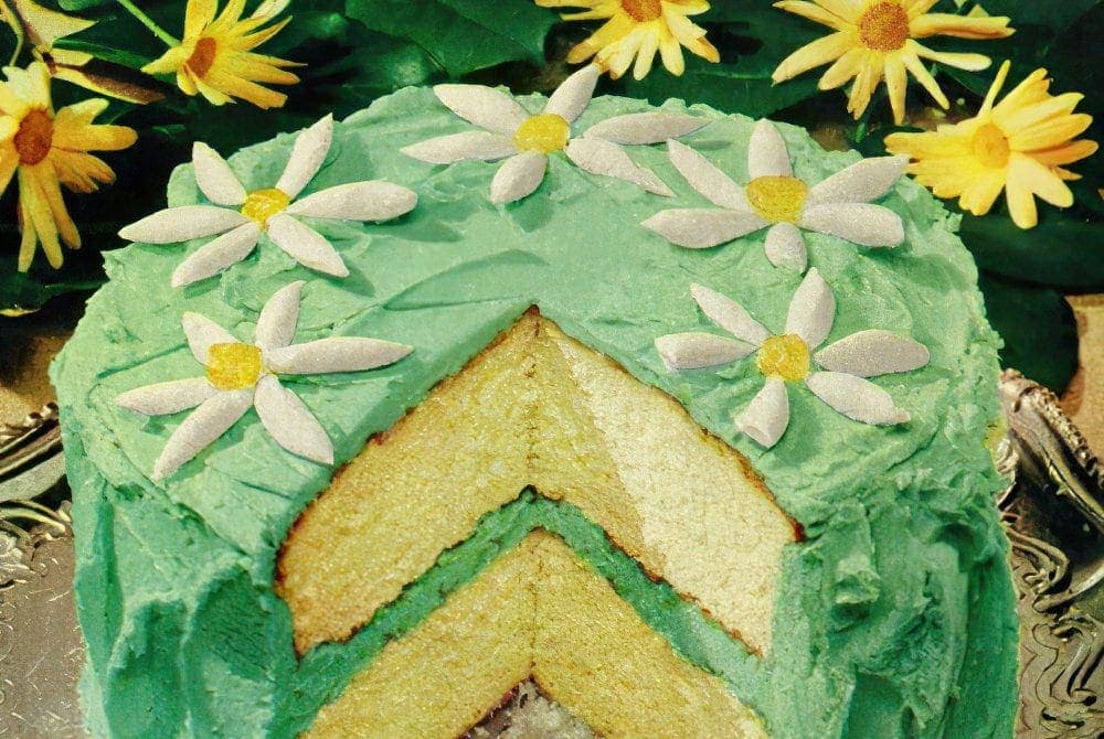 Springtime fancy cake (1953)