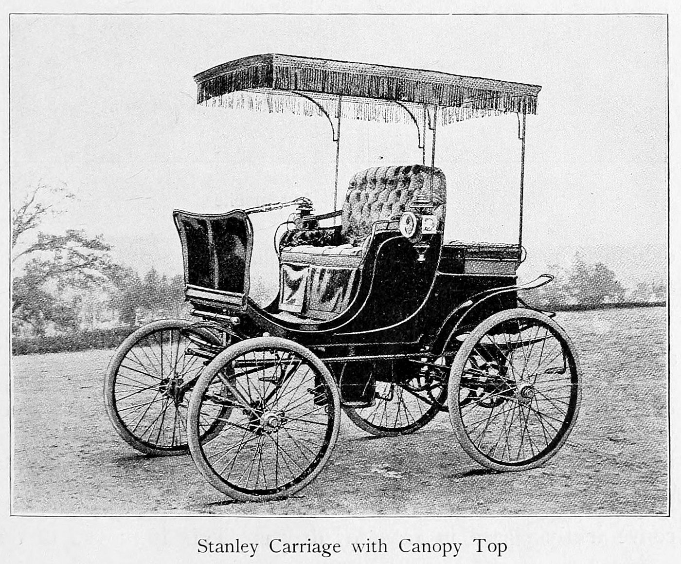 Stanley carriage with canopy top (1900)