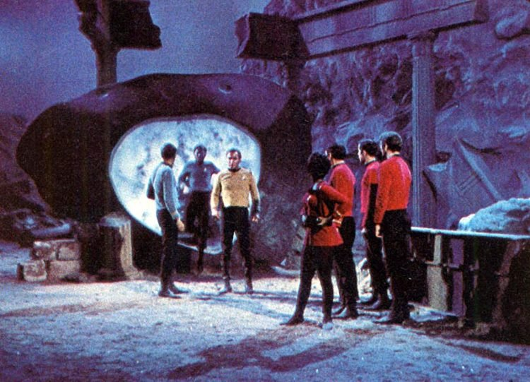 Star Trek, the Original Series episode scenes (2)