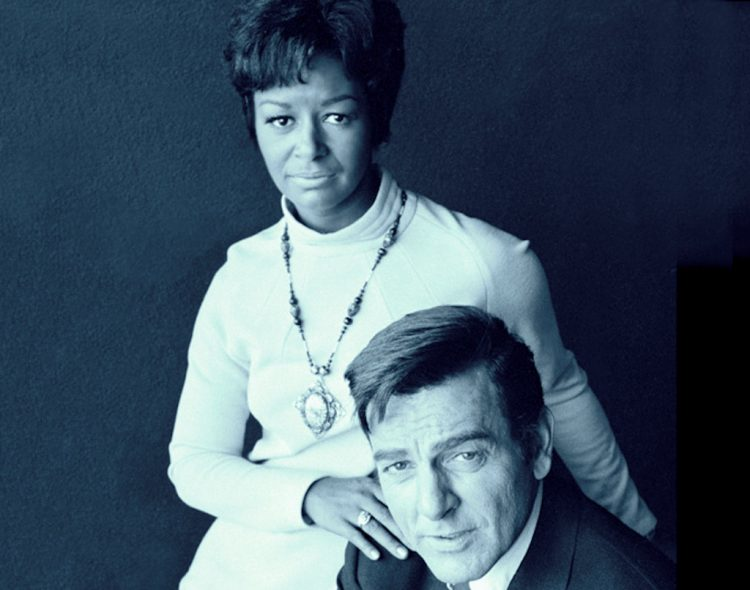 Stars on the vintage Mannix TV show from the 70s (2)