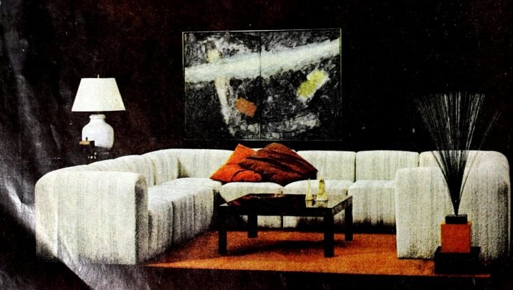 Stylish vintage sofas from the swinging seventies (2)