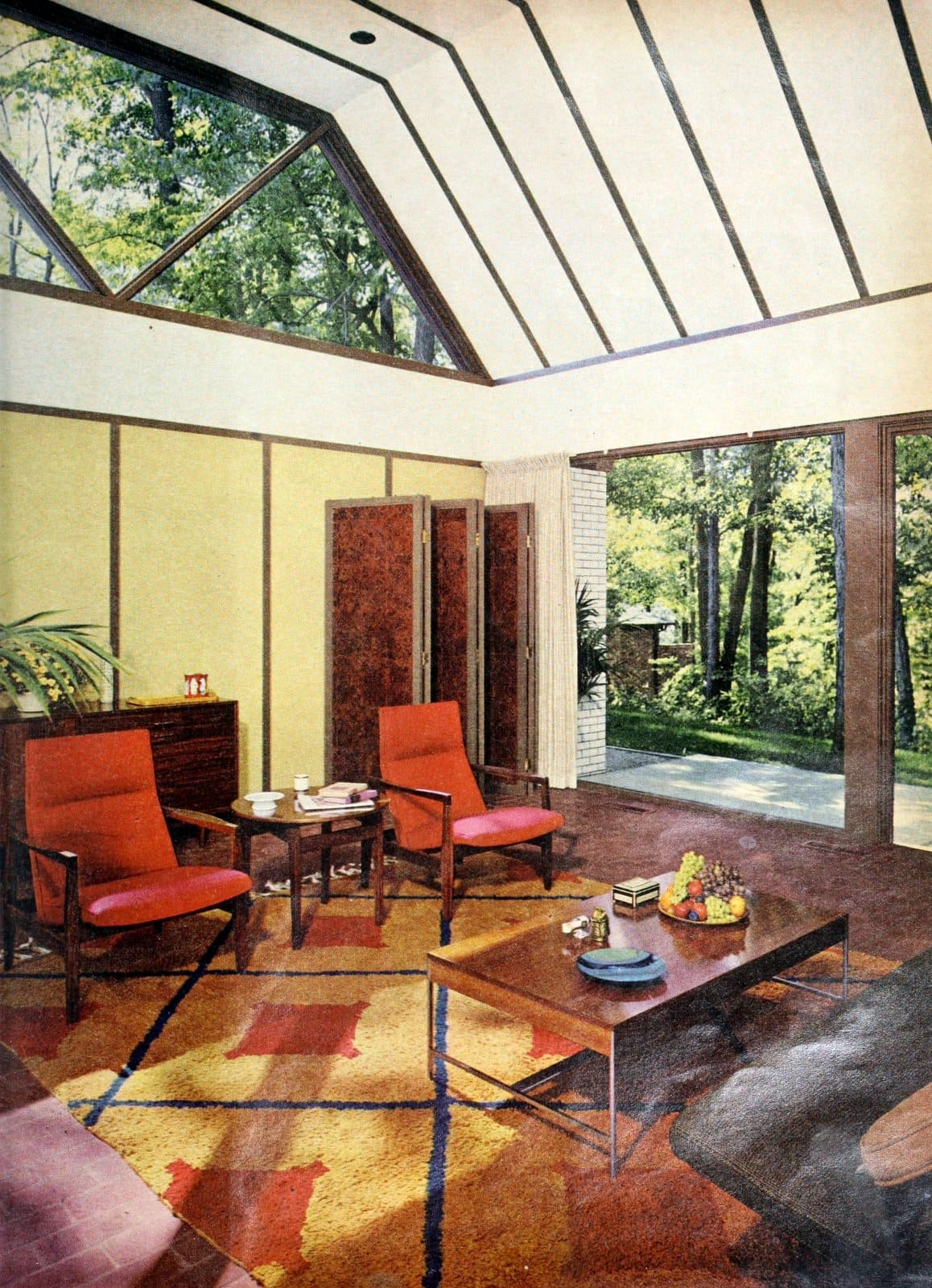 Sunroom-style vintage 60s living room