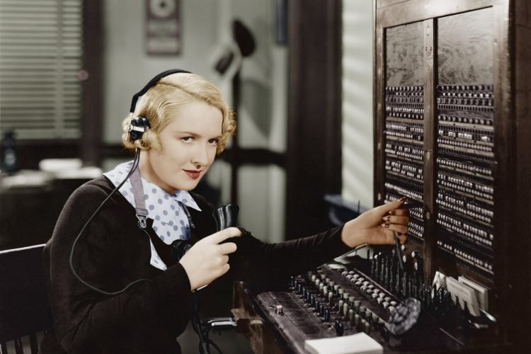 How back in the 1920s, people who had home phones led the economy