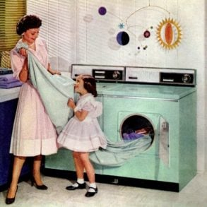 The 1950s housewife (1)