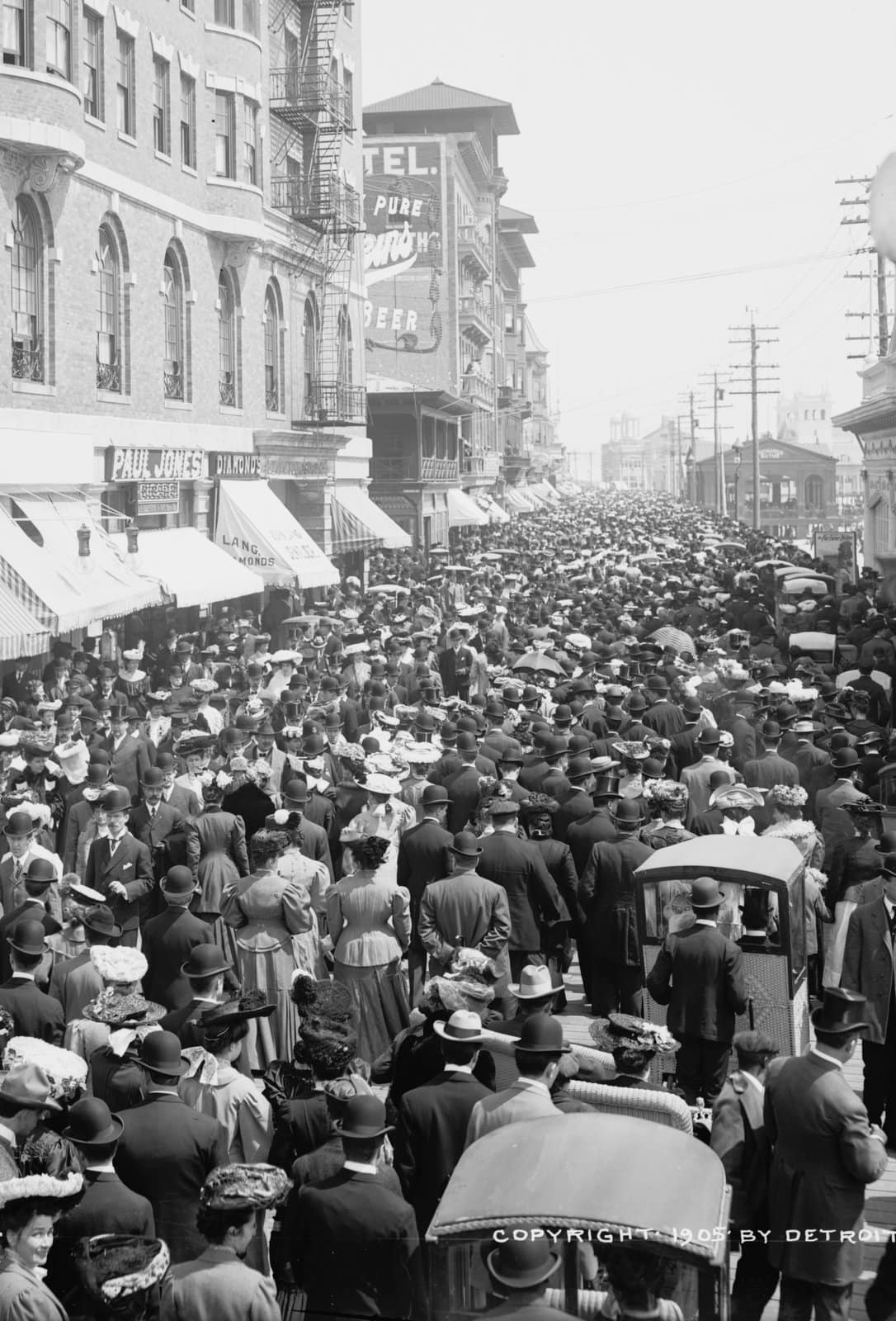 The Boardwalk parade, Atlantic City (around 1905) (2)