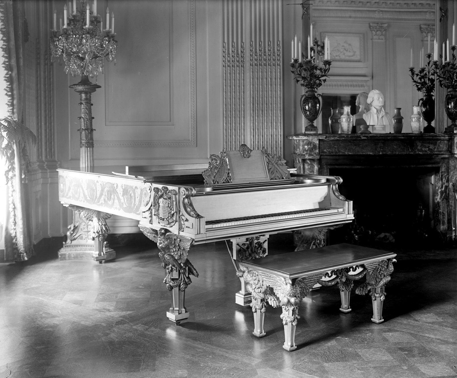 The Gold Piano at the White House - 1900s