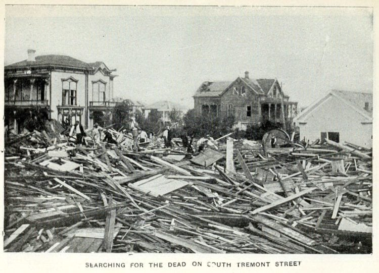 Searching for the dead after the Galveston Hurricane of 1900 - A killer storm