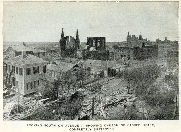 Galveston's killer hurricane and flood (1900)