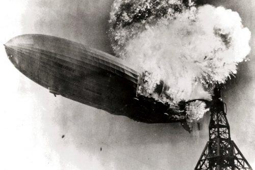 The Hindenburg burning - 1937 (2)