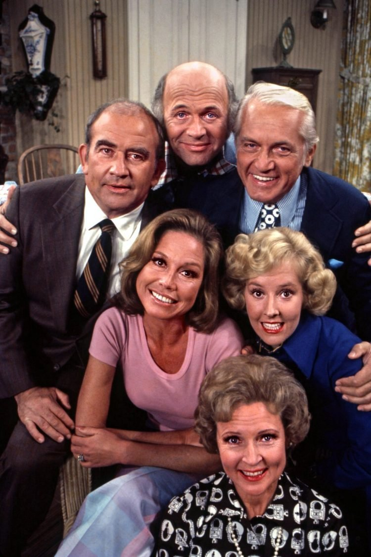 The Mary Tyler Moore Show cast