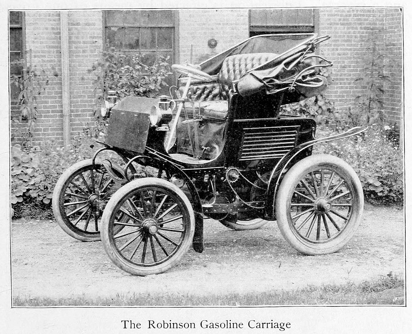 The Robinson gasoline carriage (1900)