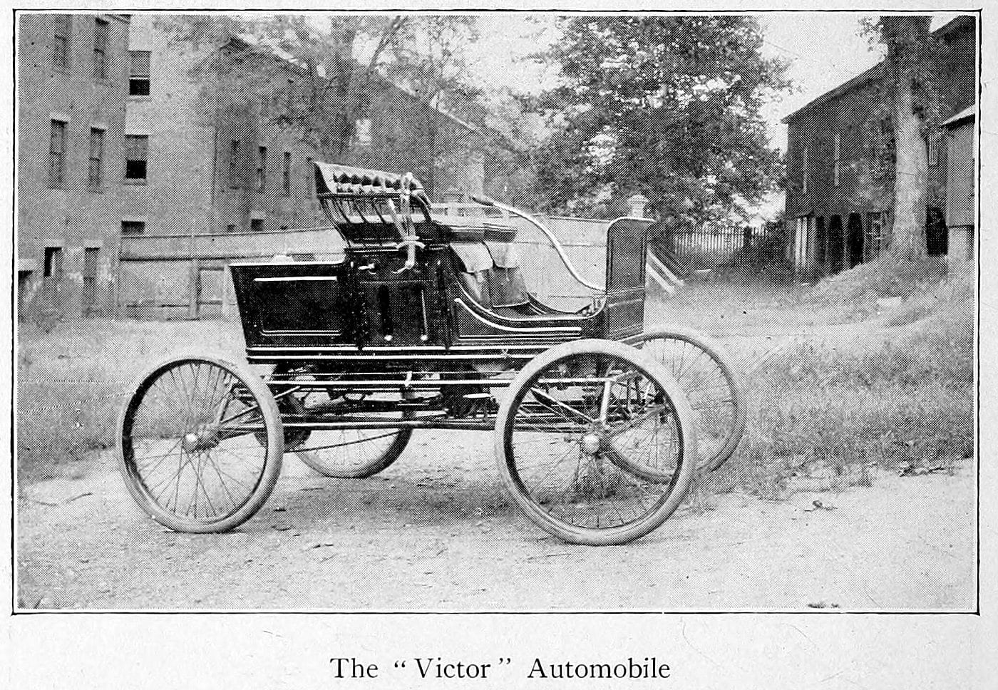 The Victor automobile (1900)