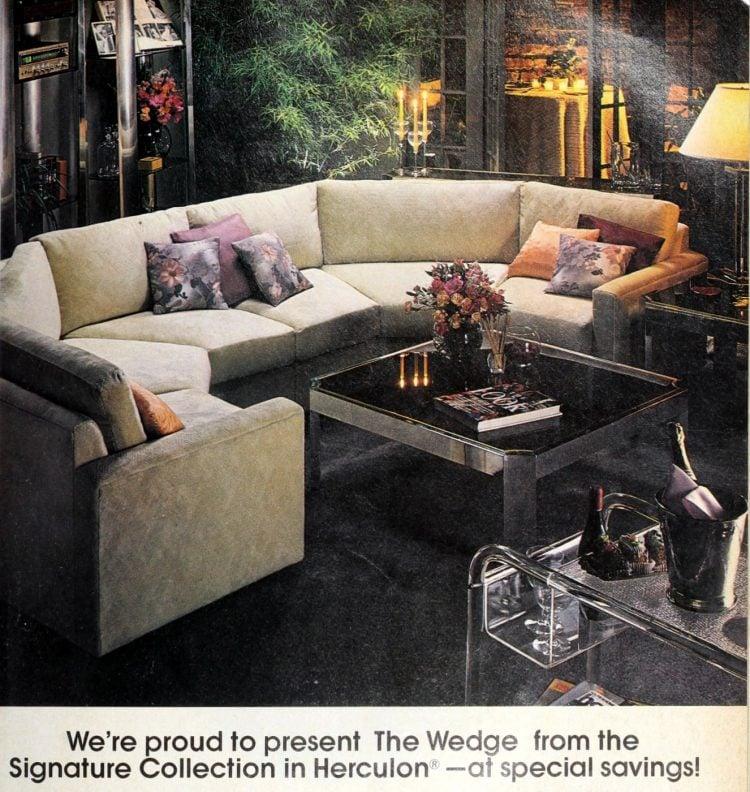 The Wedge vintage 70s sofa - semi-circle