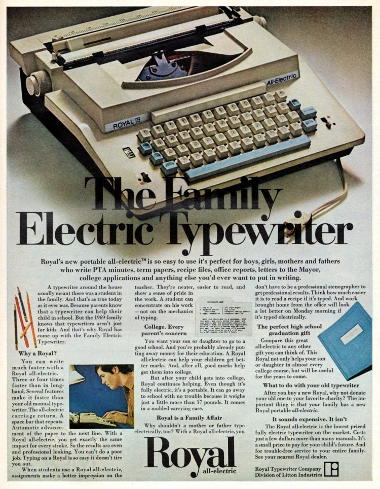 The family electric typewriter Royal from 1969 (2)