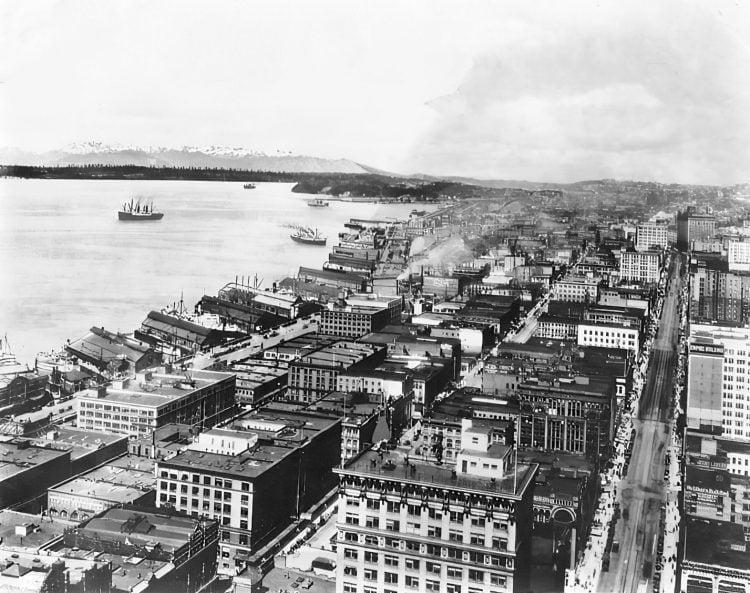 The harbor of Seattle, Washington 1800s