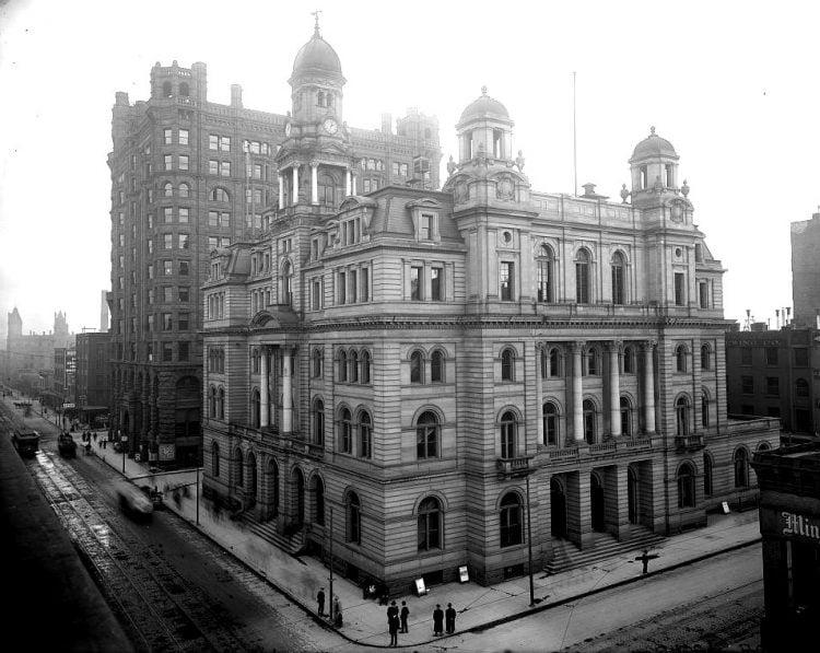 The old Post Office, Minneapolis, Minnesota (1900s)