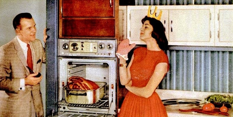 The perfect 50s housewife in the kitchen