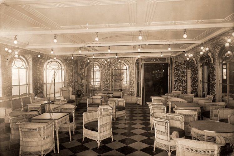 The veranda cafe and palm court of the Titanic - LOC