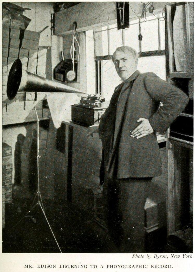 Thomas Edison and the phonograph (2)
