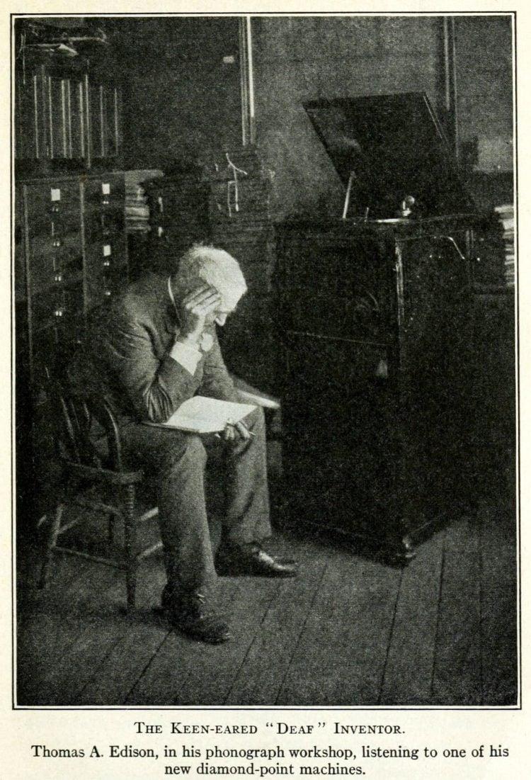 Thomas Edison and the phonograph (4)