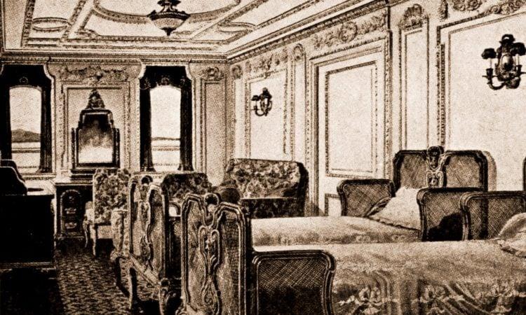 Titanic bedroom