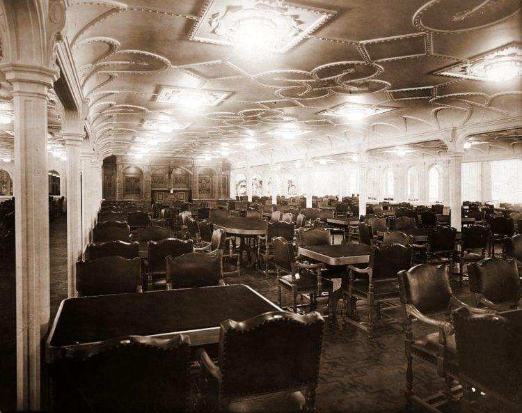 Titanic main dining room on the salon deck - LOC