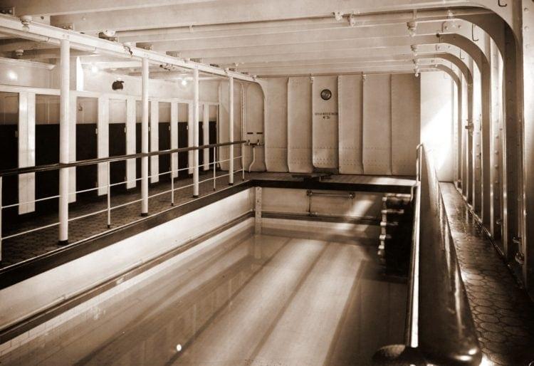 Titanic swimming pool
