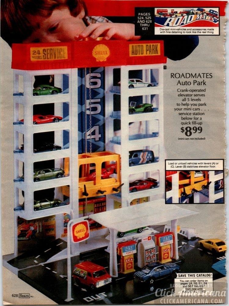 Roadmates auto park - Crank operated elevator vintage toy