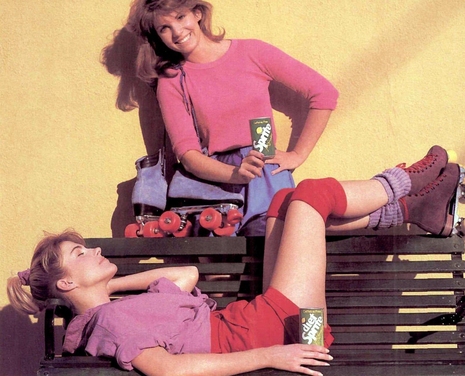 Trendy eighties girls roller skate with Sprite (1985)