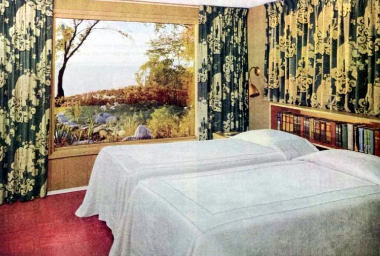 Two single beds for married couples from the 1950s (1)
