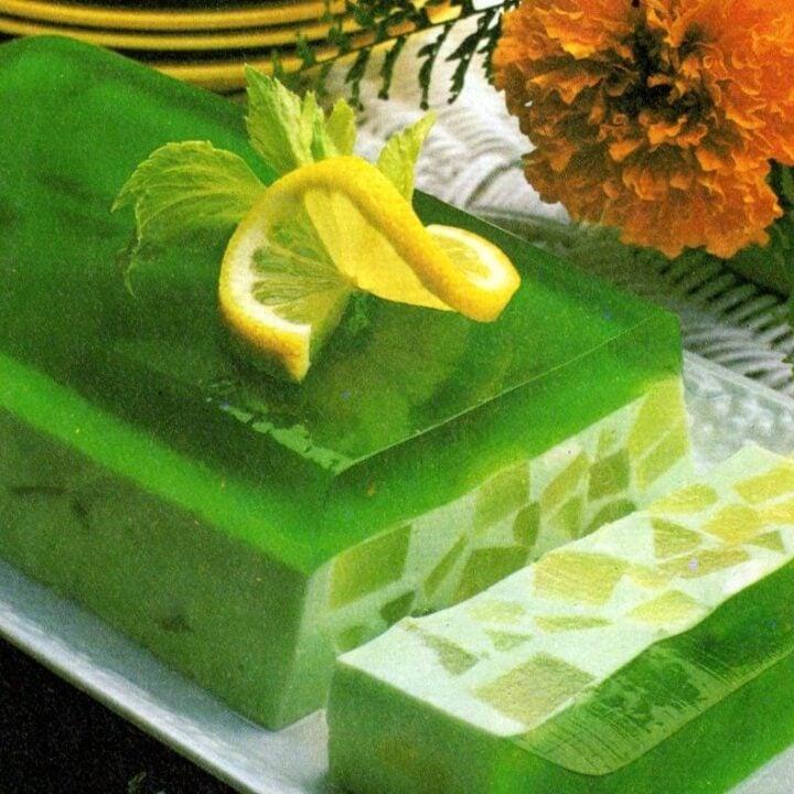 Under-the-sea salad retro jello recipe (1982)