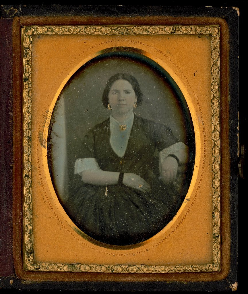 Unidentified antique portrits - Faces from before the Civil War (1)