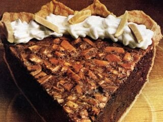 Velvet almond fudge pie (1978)