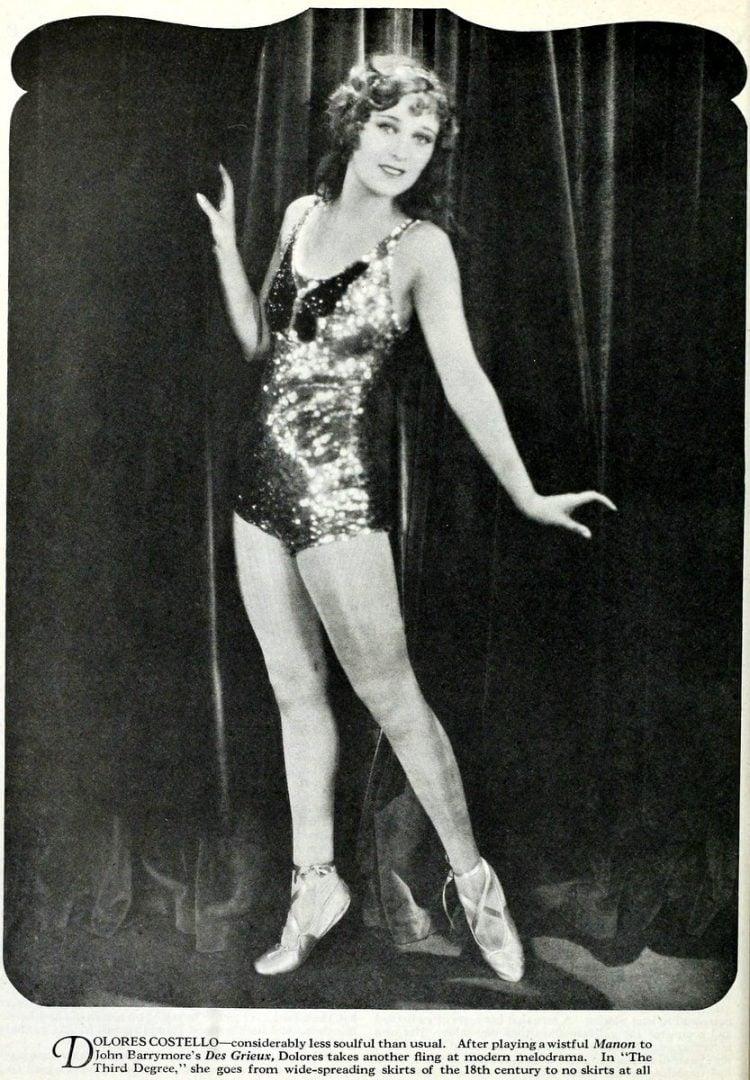 Vintage 1920s flapper fashions (5)