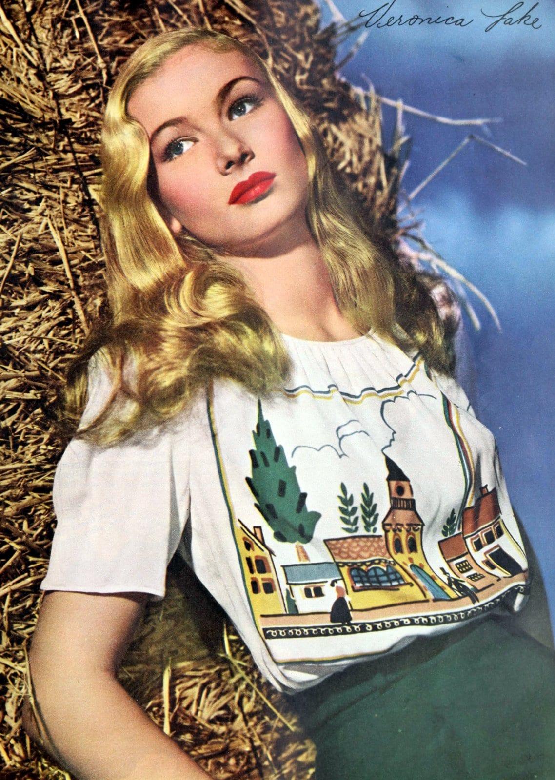 Vintage 1940s actress Veronica Lake wearing red lipstick