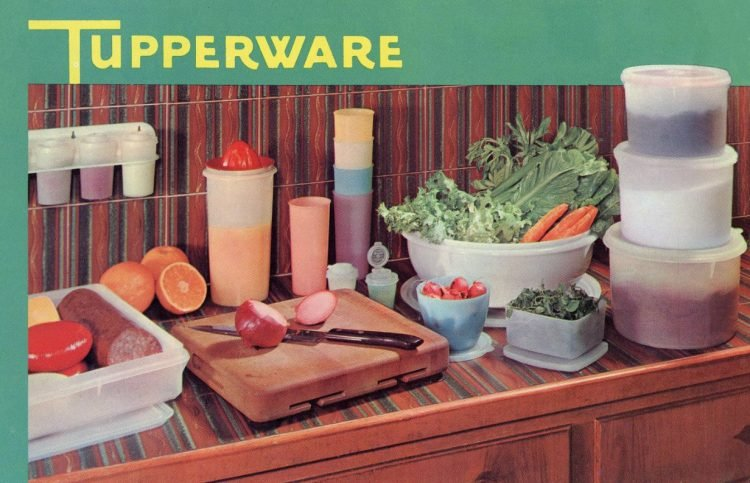 Vintage 1950s Tupperware plastic containers (1)