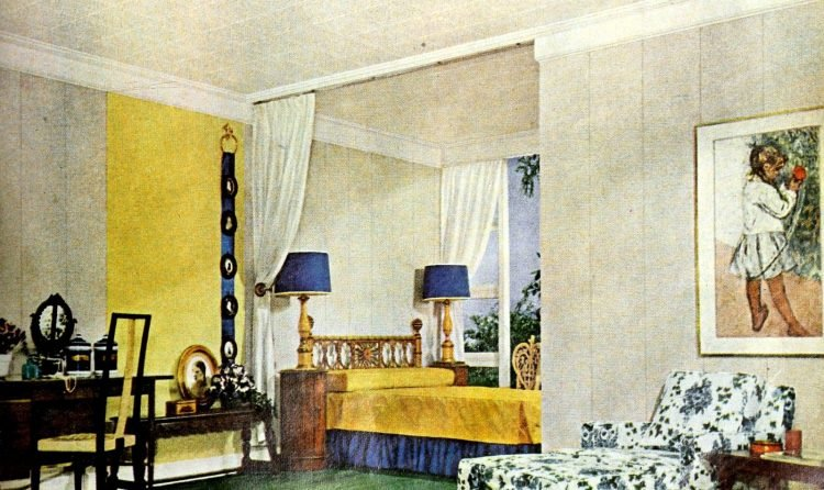Vintage 1950s home decor - Large master bedroom suite