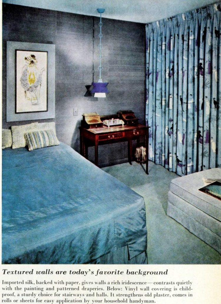 Vintage 1950s master bedroom decor - Blue