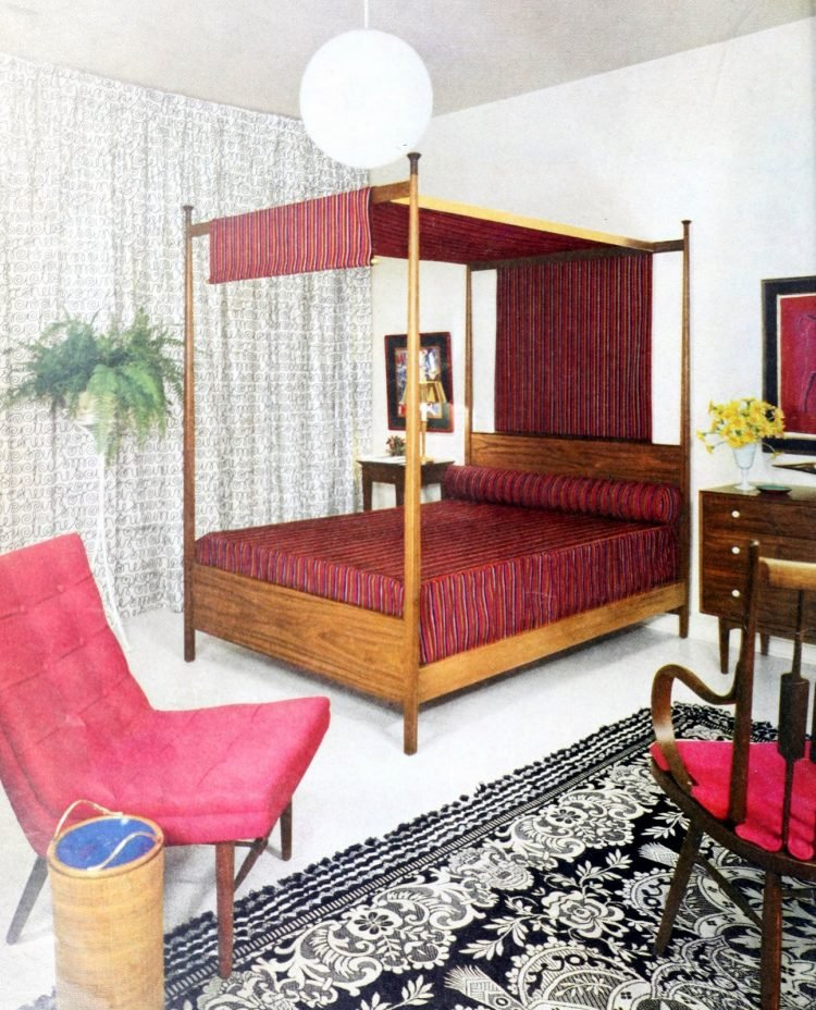 Vintage 1950s master bedroom decor - Four poster bed with burgundy draping