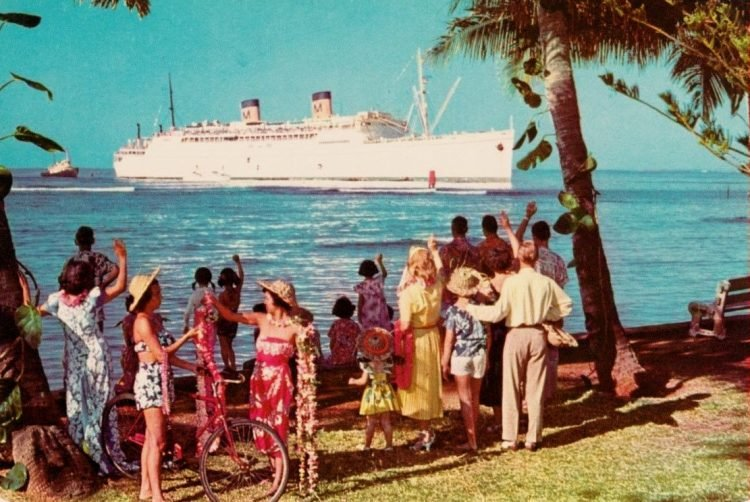 Vintage 1956 postcard Hawaii Lurline ship