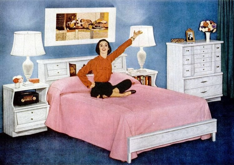 Vintage 1957 bedroom style