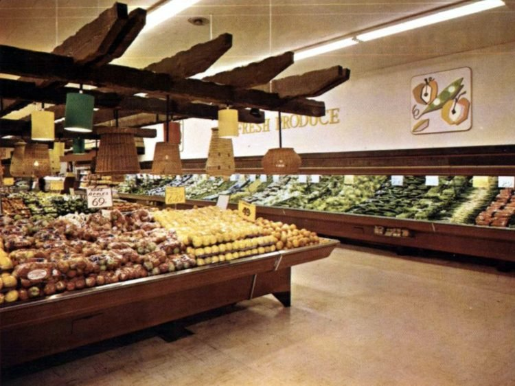 Vintage 1967 Fisher Foods fresh produce department
