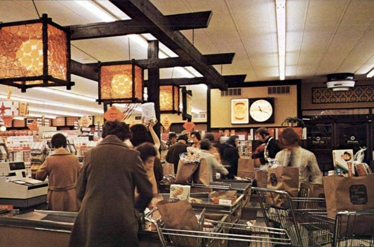 Vintage 1970s grocery store - Kroger in 1973 (1)