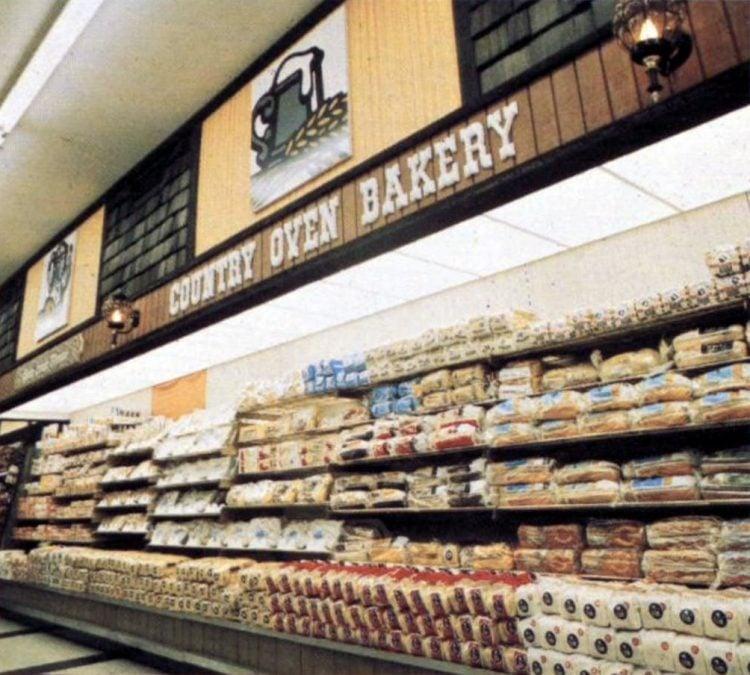 Vintage 1970s grocery store - Kroger in 1973 (3)