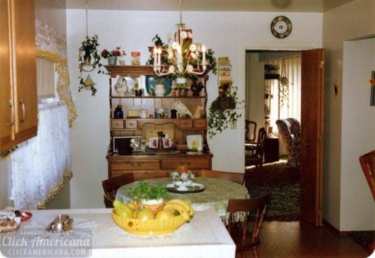 Vintage 1970s house in Santa Rosa California - Kitchen (1)
