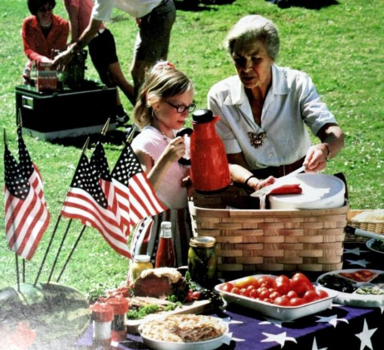 Vintage 4th of July picnic ideas from the 70s