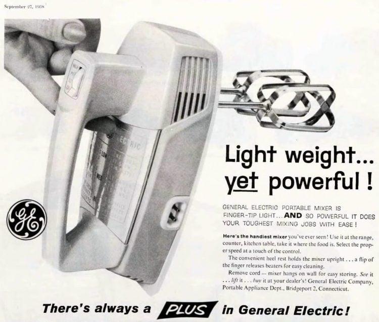 Vintage 50s GE hand mixer (1958)